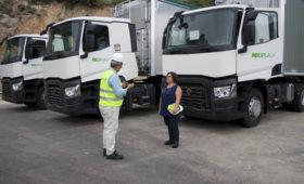 Reciplasa renueva la flota de camiones para mejorar la gestión de residuos