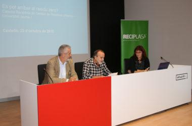 Reciplasa debate en una conferencia sobre la posibilidad de reducir los residuos a la mínima expresión