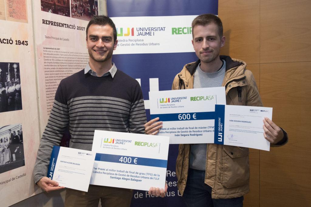 alumnos ganadores del concurso de la cátedra reciplasa al mejor TFG y TFM