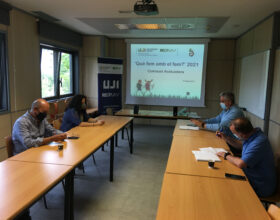 Cuatro centros de Castelló y Burriana ganan el concurso «Què fem amb el fem?» de la Cátedra Reciplasa de la UJI