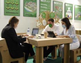 Reciplasa renueva su colaboración con la UJI para la Cátedra Reciplasa-UJI de gestión de residuos